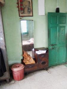 Bedroom Image of Deb Paying Guest in Alipore