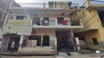 Gallery Cover Image of 1350 Sq.ft 2 BHK Independent Floor for rent in Sector 49 for 6500