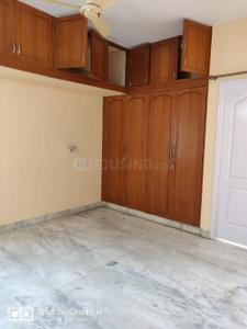 Gallery Cover Image of 1500 Sq.ft 3 BHK Apartment for rent in Yemalur for 40000