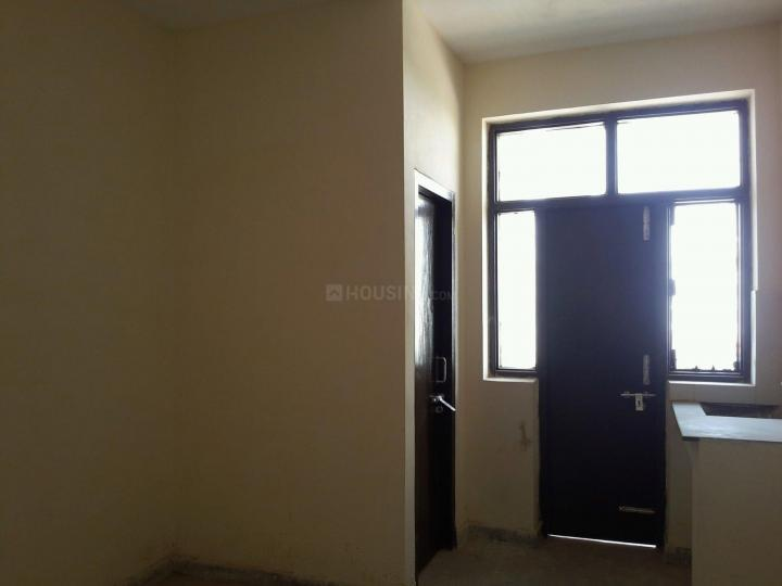 Bedroom Image of 250 Sq.ft 1 RK Apartment for rent in Sector 66 for 11000