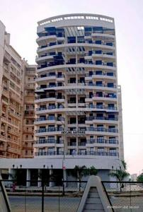 Gallery Cover Image of 1050 Sq.ft 2 BHK Apartment for rent in Skyline Sapphire, Taloja for 12000