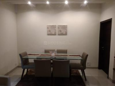 Gallery Cover Image of 1200 Sq.ft 3 BHK Apartment for rent in Bandra West for 200000