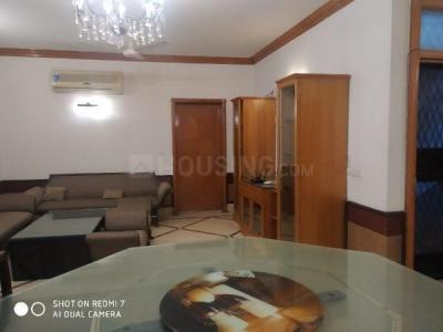 Gallery Cover Image of 2700 Sq.ft 3 BHK Independent Floor for rent in East Of Kailash for 65000