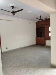 Gallery Cover Image of 750 Sq.ft 1 BHK Apartment for rent in DDA Mig Flats Sarita Vihar, Sarita Vihar for 18001