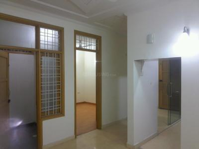 Gallery Cover Image of 2050 Sq.ft 3 BHK Independent Floor for buy in Chittaranjan Park for 23500000