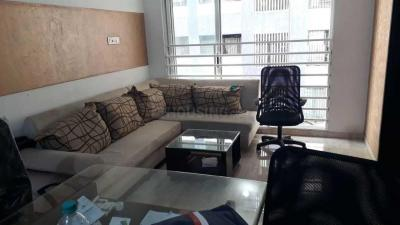 Gallery Cover Image of 1100 Sq.ft 2 BHK Apartment for rent in Raheja Ridgewood, Goregaon East for 55000
