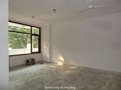Gallery Cover Image of 1850 Sq.ft 3 BHK Independent Floor for buy in Chittaranjan Park for 18500000