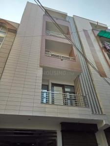 Gallery Cover Image of 390 Sq.ft 1 RK Independent Floor for buy in Uttam Nagar for 1900000