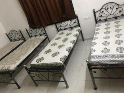 Bedroom Image of Neepa PG Accomodation in Ellisbridge