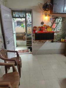 Gallery Cover Image of 810 Sq.ft 2 BHK Apartment for buy in Vasai West for 7000000