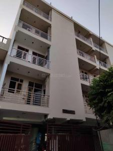 Gallery Cover Image of 1050 Sq.ft 2 BHK Apartment for buy in Sector 15 for 6000000