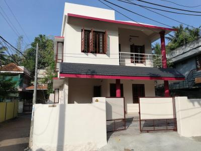 Gallery Cover Image of 1350 Sq.ft 3 BHK Independent House for buy in Nettayam for 5000000