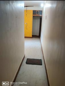 Gallery Cover Image of 480 Sq.ft 1 BHK Apartment for rent in Mhatre Nagar for 11000