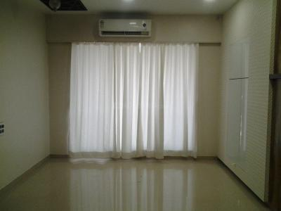 Gallery Cover Image of 1750 Sq.ft 3 BHK Apartment for rent in Kandivali East for 46000