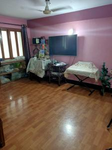 Gallery Cover Image of 3010 Sq.ft 4 BHK Independent Floor for buy in Shobhabazar for 16000000