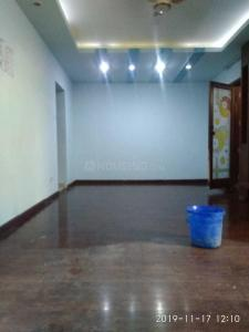 Gallery Cover Image of 650 Sq.ft 2 BHK Apartment for rent in Sector 55 for 18000