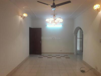 Gallery Cover Image of 1500 Sq.ft 3 BHK Apartment for rent in Vasant Kunj for 42000