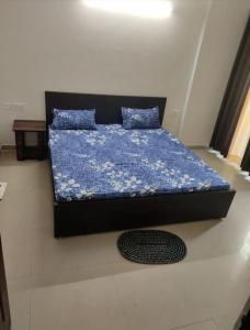 Gallery Cover Image of 2150 Sq.ft 3 BHK Independent House for rent in Sector 20 for 20000