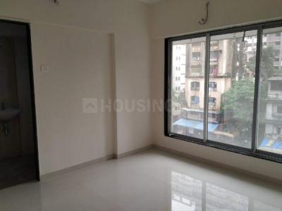 Gallery Cover Image of 435 Sq.ft 1 BHK Apartment for buy in Raviraj Royal, Kandivali West for 10875000