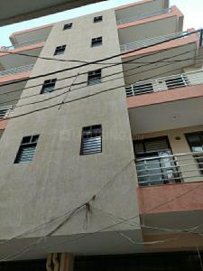 Gallery Cover Image of 1000 Sq.ft 3 BHK Independent Floor for buy in Sector 3A for 4000000