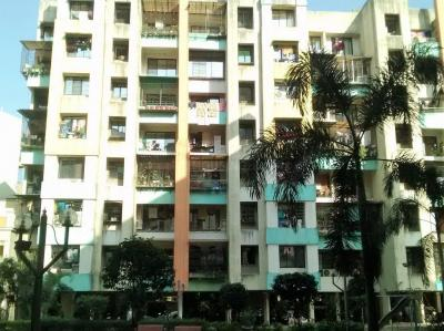Gallery Cover Image of 950 Sq.ft 2 BHK Apartment for rent in Kalyan West for 10000