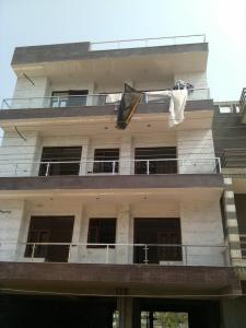 Gallery Cover Image of 2760 Sq.ft 4 BHK Independent Floor for rent in Green Field Colony for 22000