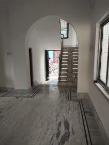 Gallery Cover Image of 1120 Sq.ft 3 BHK Independent House for buy in Uttaran Building, Rajarhat for 3200000