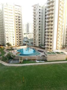 Gallery Cover Image of 1943 Sq.ft 3 BHK Apartment for buy in Sector 107 for 9300000