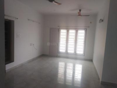 Gallery Cover Image of 2000 Sq.ft 3 BHK Independent House for rent in Kottivakkam for 35000