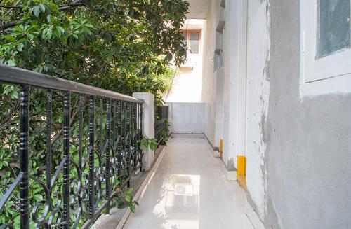 Balcony Image of Garimella Nest in Toli Chowki