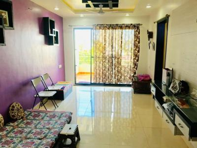 Gallery Cover Image of 1100 Sq.ft 1 BHK Apartment for rent in Dhanori for 21000