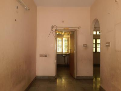 Gallery Cover Image of 750 Sq.ft 2 BHK Apartment for rent in Banashankari for 11000