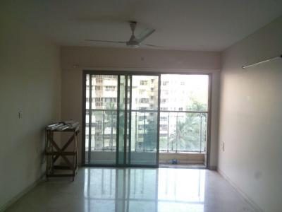 Gallery Cover Image of 925 Sq.ft 2 BHK Apartment for buy in Andheri West for 23500000