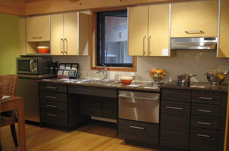 Kitchen Image of 750 Sq.ft 2 BHK Apartment for buy in Byculla for 21000000