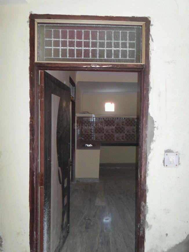 Main Entrance Image of 650 Sq.ft 2 BHK Apartment for buy in Sector 62 for 2200000