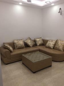 Gallery Cover Image of 500 Sq.ft 1 BHK Independent Floor for rent in RWA Lajpat Nagar 4 Colonies, Lajpat Nagar for 18000