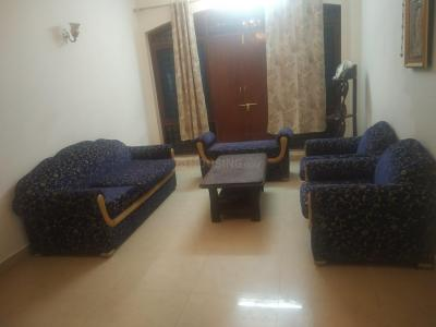 Gallery Cover Image of 950 Sq.ft 3 BHK Apartment for rent in Govind Vihar for 24000