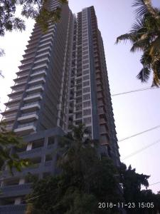 Gallery Cover Image of 1315 Sq.ft 3 BHK Apartment for rent in Goregaon West for 65000