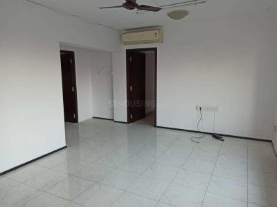 Gallery Cover Image of 1050 Sq.ft 2 BHK Apartment for rent in Tardeo for 100000