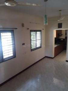Gallery Cover Image of 1250 Sq.ft 3 BHK Independent House for rent in Perungudi for 20000