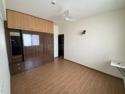 Gallery Cover Image of 1350 Sq.ft 2 BHK Apartment for rent in Prestige Misty Waters, Nagavara for 33000