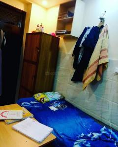 Bedroom Image of Shri Krishna Pg(for Boys) Laxminagar in Laxmi Nagar