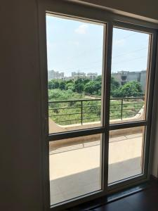 Gallery Cover Image of 2175 Sq.ft 3 BHK Independent House for rent in BPTP Park 81, Sector 81 for 18000