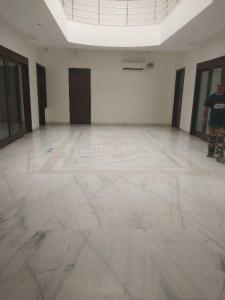 Gallery Cover Image of 12500 Sq.ft 5 BHK Independent House for buy in Chhattarpur for 90000000