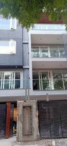 Gallery Cover Image of 1800 Sq.ft 3 BHK Independent Floor for buy in Sushant Lok I for 15000000