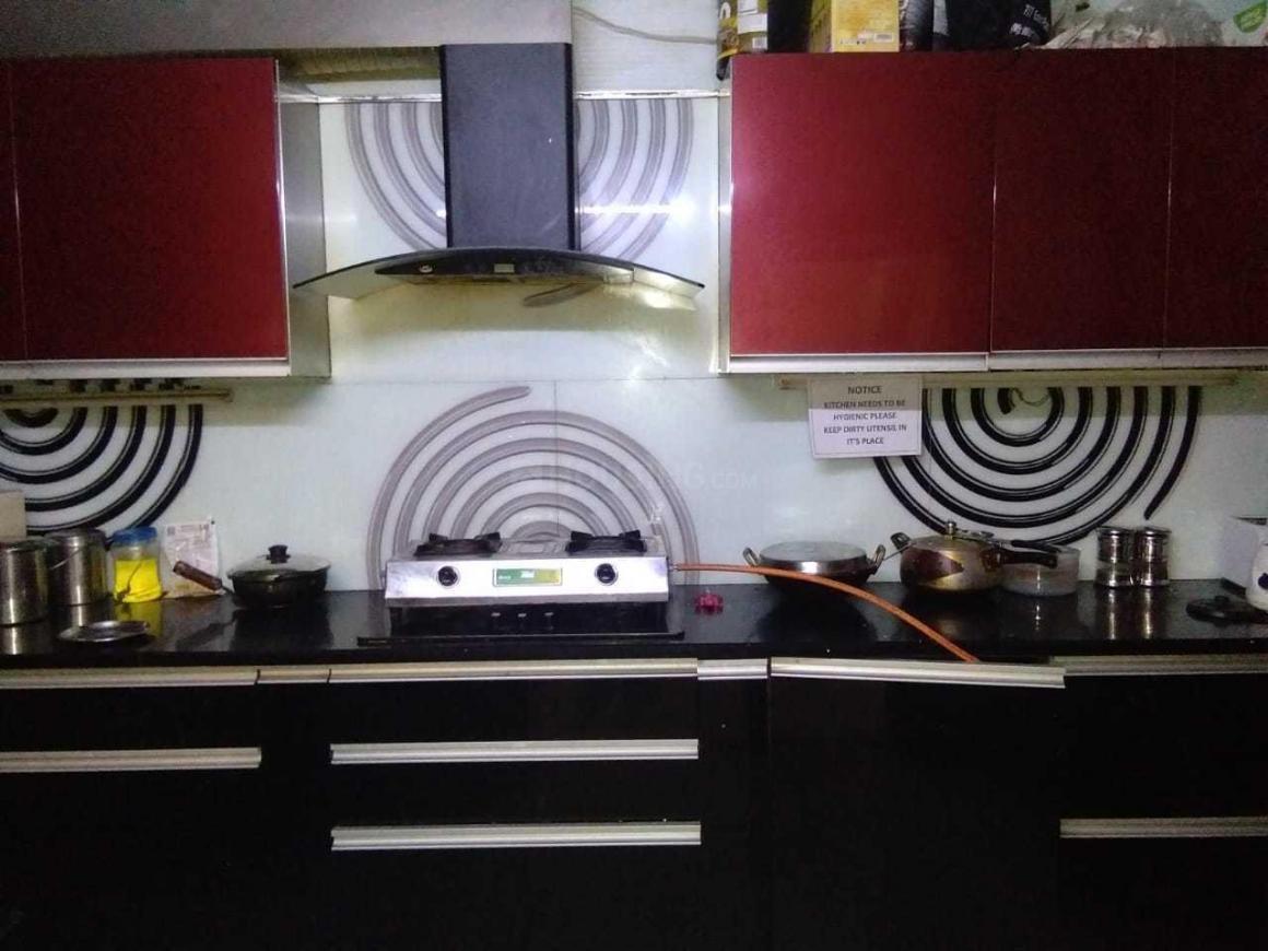 Kitchen Image of Girls PG in Patel Nagar