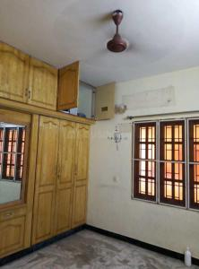 Gallery Cover Image of 1050 Sq.ft 2 BHK Apartment for rent in Chitlapakkam for 16000