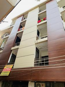 Gallery Cover Image of 300 Sq.ft 1 RK Independent Floor for rent in Sector 71 for 4000