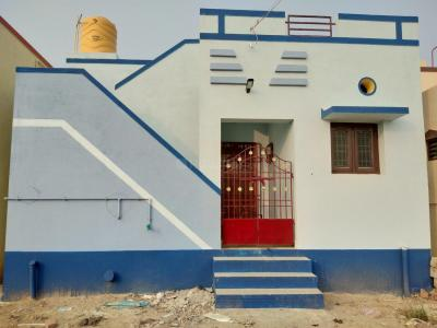 Gallery Cover Image of 500 Sq.ft 1 BHK Independent House for buy in Veppampattu for 1500000