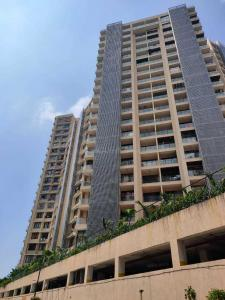 Gallery Cover Image of 1250 Sq.ft 2 BHK Apartment for rent in CCI Rivali Park Wintergreen, Borivali East for 36000
